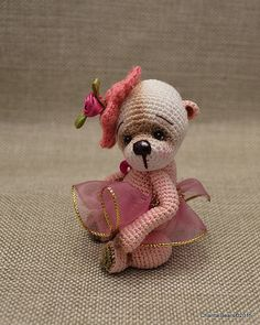 Hi Everyone,I listed a thread teddy bear girl on Ebay. It's a totally new design and I will publish the pattern very soon, normally next week.I will wait my friend who is testing the pattern.Here is the link on Ebay :http://www.ebay.ca/itm/221702345372And now pictures of the little Aisla :I'm ple