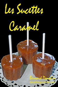 """Facile à réaliser, la recette permet de confectionner des sucettes de toutes formes (ici coulées dans des moules souples à mini-cannelés) mais également, si besoin, des bonbons de caramel dur , type """"Wherther's Original. INGREDIENTS 400 g de sucre poudre..."""