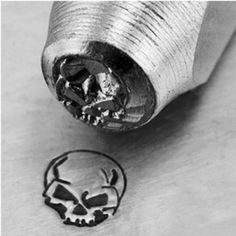 Amazon.com: Impress Art Metal Punch Stamp 'Angry Skull' 6mm (1/4 Inch) Design: Arts, Crafts & Sewing