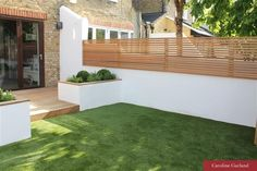 The perfect style of fence for our garden (Garden Design Balham, London, Carolin. - The perfect style of fence for our garden (Garden Design Balham, London, Caroline Garland Garden Des - Backyard Garden Design, Small Garden Design, Backyard Landscaping, Landscaping Ideas, Backyard Designs, Small Garden Wall Ideas, Patio Decks, Unique Garden, Contemporary Garden Design