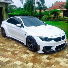 """Páči sa mi to: 18.5 tis., komentáre: 62 – BMW ///Mpower (@bmw_mpoweer) na Instagrame: """"MONSTER. ///M4 @bmw_mpoweer"""""""