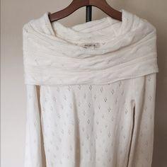 Ivory white Cowl neck sweater, never worn Long sleeve sweater Arden B Sweaters Cowl & Turtlenecks