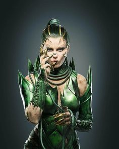 Power Rangers (2017) - Elizabeth Banks as Rita Repulsa - 3