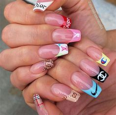 In look for some nail designs and ideas for your nails? Here's our set of must-try coffin acrylic nails for cool women. Acrylic Nails Natural, Summer Acrylic Nails, Best Acrylic Nails, Acrylic Nail Designs, Nail Art Designs, Summer Nails, Spring Nails, Disney Acrylic Nails, Pastel Nails