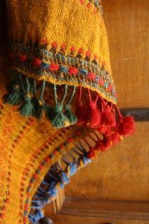 42 Best Bhujodi Images Hand Knitting Hand Weaving Shawl