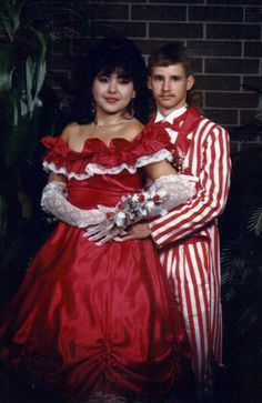 35 Ridiculous '80s Prom Photos