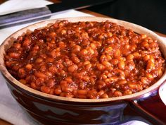 I have always wanted to try making baked bean from scratch.  This looks easy and tasty.