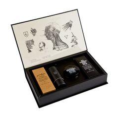 STASH-Box von Triumph & Disaster - Geschenkeset im Stil einer alten Apotheken-box für Männer, die sich gerne gut rasieren und pflegen.