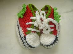 Christmas Baby Shoes by VoulaCrochet on Etsy