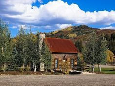 We would happily get lost exploring this amazing property in Steamboat Springs, Colorado.