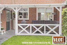 Overkapping Garage Doors, Outdoor Decor, Home Decor, Fence Garden, Gardens, Decoration Home, Room Decor, Home Interior Design, Carriage Doors