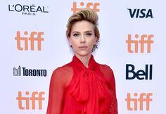 Scarlett Johansson na pré-estreia de SING no Festival de Cinema de Toronto