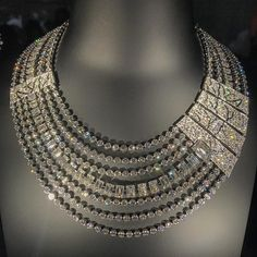 =>diamond sapphire necklaces which truly are Amazing. Art Deco Jewelry, Vintage Jewelry, Fine Jewelry, Jewellery Uk, Vintage Art, Vintage Style, Bijoux Design, Jewelry Design, Diamond Jewelry