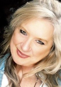Michele is a psychic medium that reads to empower you. She helps you along life's path be it professional or personal. She can help you in all areas of your life. She believes in reading with integrity and honesty and will not fill you with fairy tales.