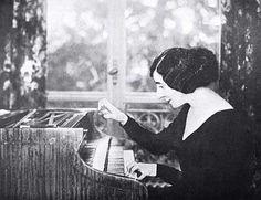 Polish harpsichordist Wanda Landowska