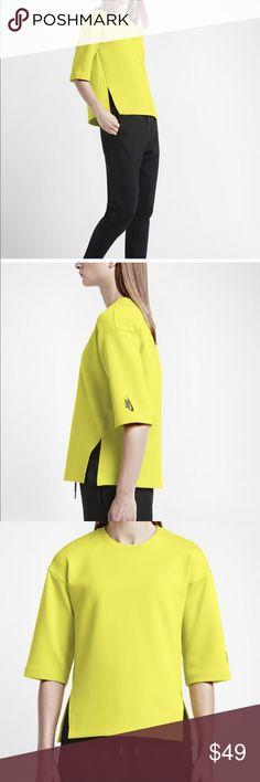 Nike Lab Essentials green scuba top nwt Scuba pullover short sleeve top Nike Tops Sweatshirts & Hoodies