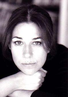 Hommage à Valérie Benguigui, quel dommage,  quelle excellente actrice.