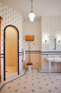 Absolutely gorgeous bath in a 2002 Victorian.