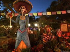 Celebrating Dia de los Muertos at Disneyland | Blog de BabyCenter