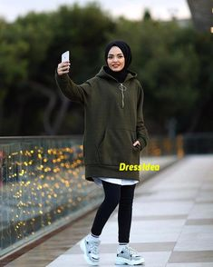Image may contain: 1 person shoes and outdoor Tesettür Mayo Şort Modelleri 2020 Modern Hijab Fashion, Street Hijab Fashion, Muslim Fashion, Modest Fashion, Fashion Outfits, Fashion Tips, Womens Fashion, Ladies Fashion, Fashion Trends