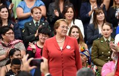 A presidente do Chile, Michelle Bachelet, declarou nesta terça-feira (08/03) que as mulheres têm direito a tomar decisões sobre seus próprios corpos, em respaldo ao projeto de lei que pretende legalizar o aborto em determinadas circunstâncias no país.