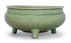 A Chinese Longquan celadon-glazed tripod censer, Ming dynasty(1368-1644)