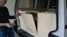 Comment aménager un van. Un guide avec toutes les étapes pour transformer son van en véritable lieu de vie nomade. #van #aménagé #DIY #tutoriel #aménagement #t4 #VW #transporter