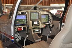 AFS 5600/5500 EFIS in Rob Hickman's RV-10.