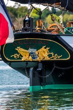 """La goélette brestoise """"Recouvrance"""" à la semaine du Golfe du Morbihan. Brittany"""