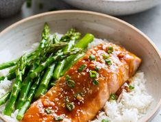low calorie recipes, salmon with rice, asparagus and teriyaki sauce, fish with vegetables rezepte calorie dinner calorie food calorie recipes No Calorie Foods, Low Calorie Recipes, Healthy Recipes, Healthy Food, Salmon And Rice, Teriyaki Sauce, Asparagus Recipe, Weight Watchers Meals, Seaweed Salad