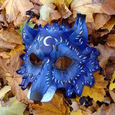 Leather wolf mask... WAAAAANT!