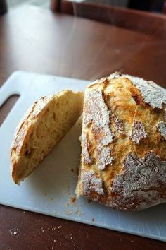 Maailman kaunein ja helpoin leipä Savoury Baking, Bread Baking, No Salt Recipes, Baking Recipes, Finnish Recipes, Just Eat It, Sweet And Salty, I Love Food, Food Inspiration