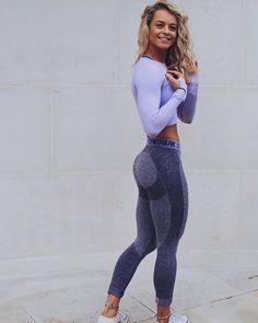 "44.9k Likes, 346 Comments - Gymshark Women (@gymsharkwomen) on Instagram: ""Purple mode Who else is obsessed with @beccasillsfit combo?  #Gymsharkwomen"""