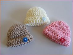 Free Basic Hat Pattern ~via Mamma That Makes Basic 20 week gestation folded brim hat, a free crochet pattern by MammaThatMakes. Crochet Preemie Hats, Newborn Crochet, Crocheted Hats, Knitted Dolls, Crochet For Kids, Free Crochet, Knit Crochet, Crochet Crafts, Crochet Projects