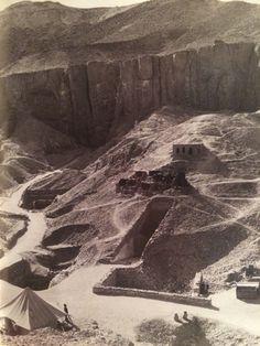The Egyptological Bibliophile: Presente y pasado en el Valle de los Reyes