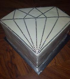 DLD Customer Bling Diamond Shaped Fondant Cake. #fondant #fondantcake #bling #blingcake #caramel #caramelcake #diamond #diamondcake #diamondshapedcake