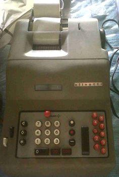 "antigua máquina de calcular ""Olivetti"""