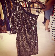 Love! This would be perf for New Years Eve Dress! :)
