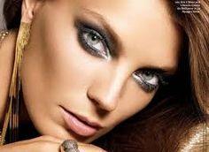 Znalezione obrazy dla zapytania smoky eyes krok po kroku Smoky Eyes, Septum Ring, Rings, Jewelry, Jewlery, Jewerly, Ring, Schmuck, Jewelry Rings