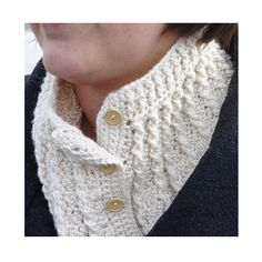 Ravelry: tearaleaf's Cozy Cables Neck Warmer