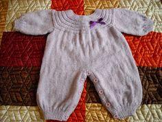 Trabalhos de trico e croche. Casaquinho de bebe facil de fazer.