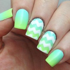 Chevron nail art designs have evolved into big nail trends these days. More and more ladies would want a chevron nail art, which really rock and can be worn Pretty Nail Art, Cute Nail Art, Fantastic Nails, Chevron Nail Art, Mint Chevron, Chevron Nail Designs, Nautical Nails, Jolie Nail Art, Gradient Nails