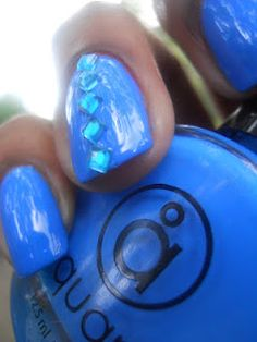What a great nail blog! It's called Nail Polish Anonymous!