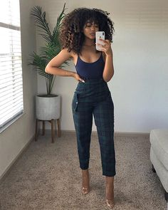ISEE Hair Lace Front Human Hair Wigs Mongolian Kinky Curly Wigs Pre Plucked with Baby Hair Natural Color for Black Women inches) Oufits Casual, Casual Summer Outfits, Classy Outfits, Stylish Outfits, Girl Outfits, Fashion Outfits, Fashion Trends, Black Girl Fashion, Look Fashion