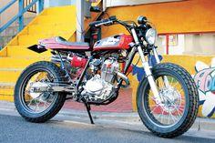 FTR223 カスタムバイク|エフティーアールのコンプリート車両をご紹介。ストリートカスタムのご相談は【イージーライダース】