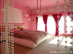 Pink bedroom view2