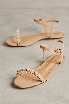 delicate boho pearl wedding sandals #anthrofave
