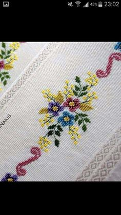This Pin was discovered by HUZ Embroidery Neck Designs, Embroidery Stitches, Cross Stitch Borders, Needlepoint, Shabby Chic, Crochet, Flowers, Cute Cross Stitch, Cross Stitch Embroidery