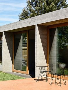 A WOW-factor Extension in Brunswick (The Design Files) Australian Architecture, Australian Homes, Australian Garden, Brunswick House, Beachfront House, Interior Design Awards, Airlie Beach, Old Cottage, Most Beautiful Gardens