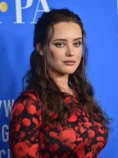 More Pics of Katherine Langford Half Up Half Down - Coiffure Sites Cute Beauty, Beauty Full Girl, Beauty Women, Hollywood Actress Photos, Hollywood Celebrities, Beautiful Girl Indian, Most Beautiful Indian Actress, Beautiful Ladies, Beautiful Celebrities